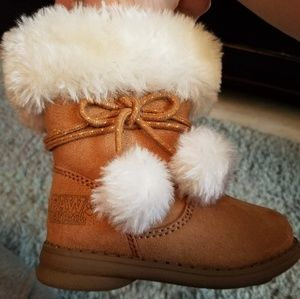 Paw Patrol toddler girl size 5 winter boots